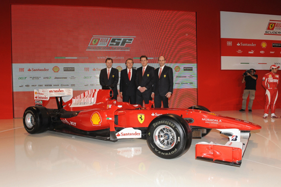 Ferrari ra mắt xe đua F10