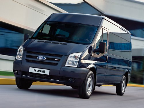 Ford VN khẳng định Transit tự tăng tốc không phải lỗi kỹ thuật