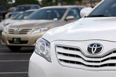 Ngừng đăng kiểm xe Toyota nhập khẩu bị triệu hồi
