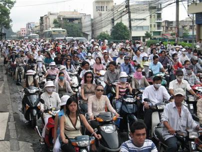 Thủ tướng: Cho phép TP.HCM tăng mức xử phạt giao thông