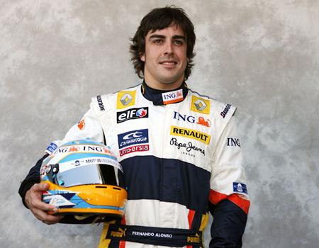 """Alonso: """"4 đội vẫn đang chiến đấu để giành chiến thắng"""""""
