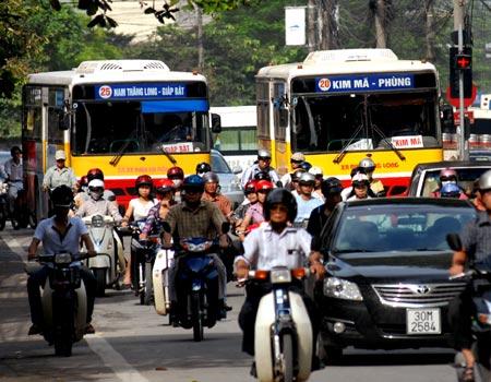 Tăng gấp đôi mức phạt giao thông tại Hà Nội, TP HCM