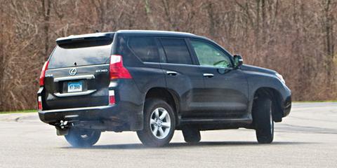 Toyota thử nghiệm toàn bộ xe SUV sau sự cố Lexus GX460