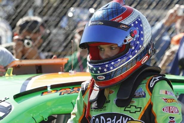 Chân dung các ứng cử viên giải NASCAR 2010