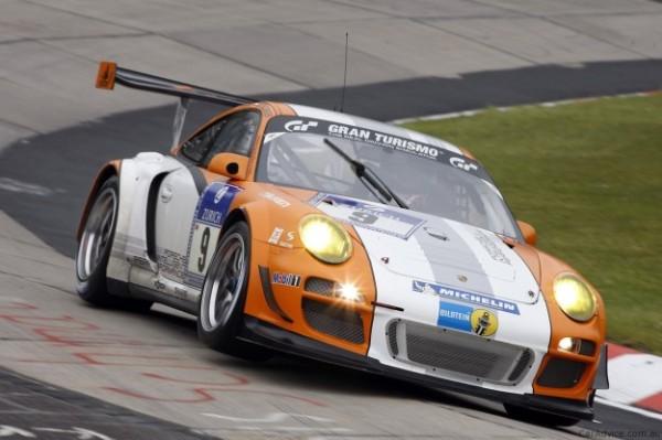 Porsche GT3 R Hybrid chuẩn bị cho giải 24H Nurburgring