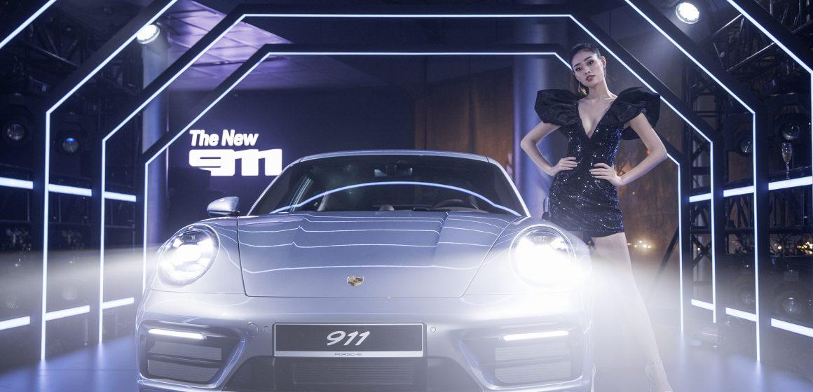 Cỗ máy kinh điển: Porsche 911 mới ra mắt tại Việt Nam.
