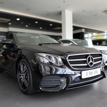 Mercedes-Benz E 300 AMG đã có mặt tại đại lý Haxaco Võ Văn Kiệt, sẵn sàng trao đến tay khách hàng.