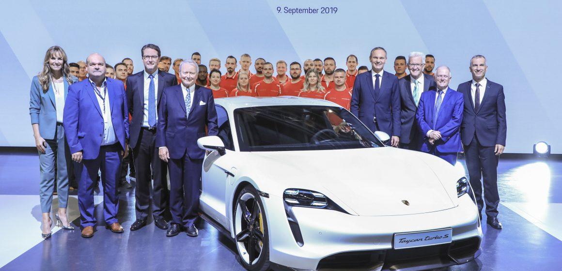 Một chương mới trong lịch sử thương hiệu Porsche AG.