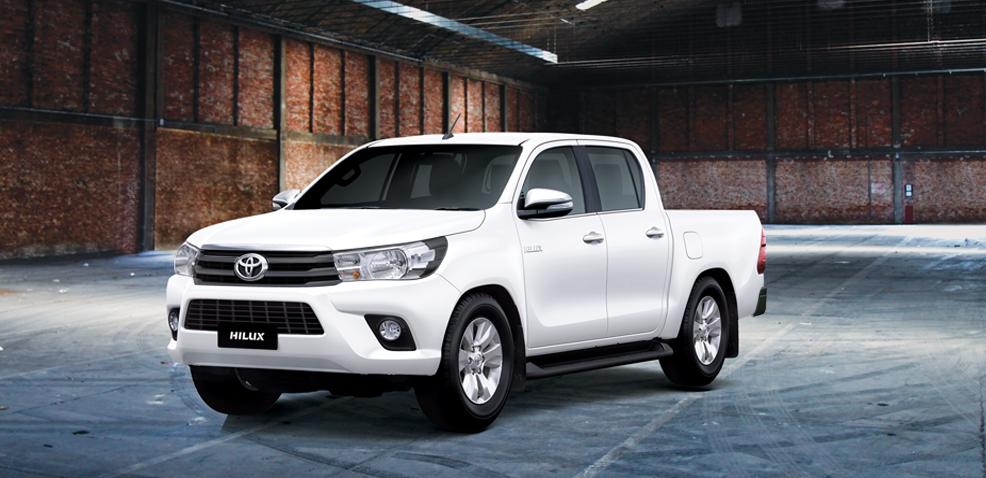 Toyota Việt Nam công bố giá bán lẻ mới cho Hilux Và Fortuner TRD 2019.