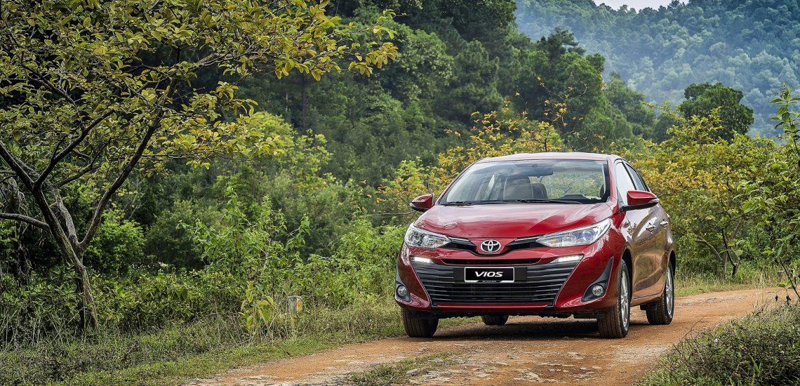 Doanh số tháng 10 của Toyota Việt Nam: 3 mẫu xe nằm trong top 10 xe bán chạy nhất.
