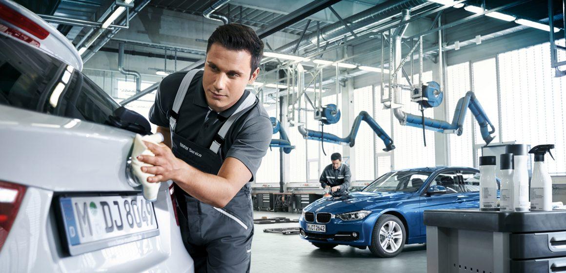 Chương trình tri ân cuối năm khách hàng BMW và MINI.