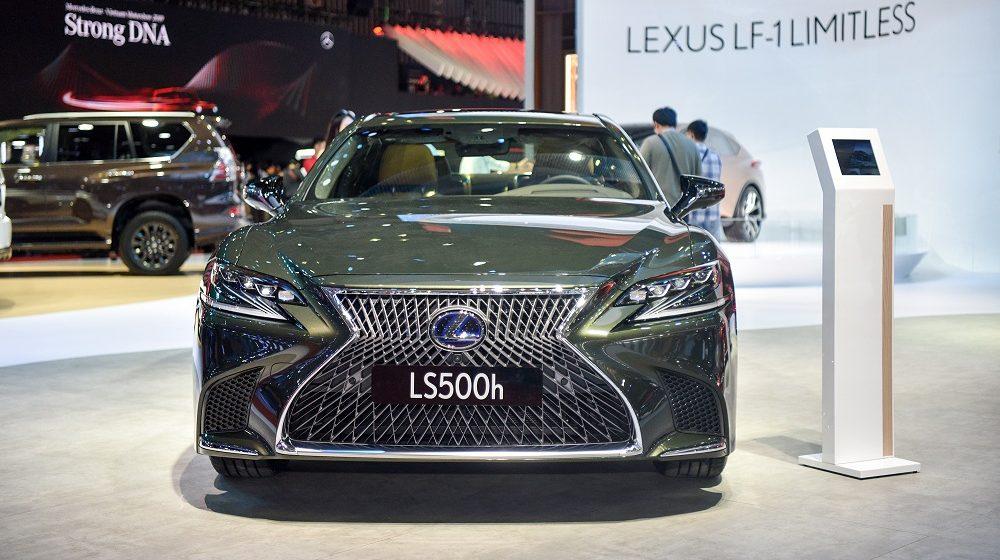 Sedan hạng sang Lexus LS và ES mới  chính thức được giới thiệu tại Việt Nam