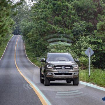Tăng cường tiện nghi và an toàn nhờ công nghệ kết nối trên xe hơi