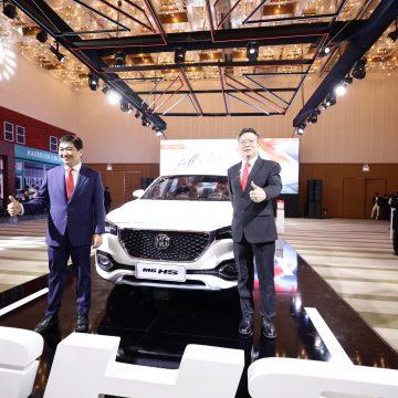 MG Việt Nam giới thiệu 2 mẫu SUV MG HS, MG ZS Hà Nội và TP.HCM