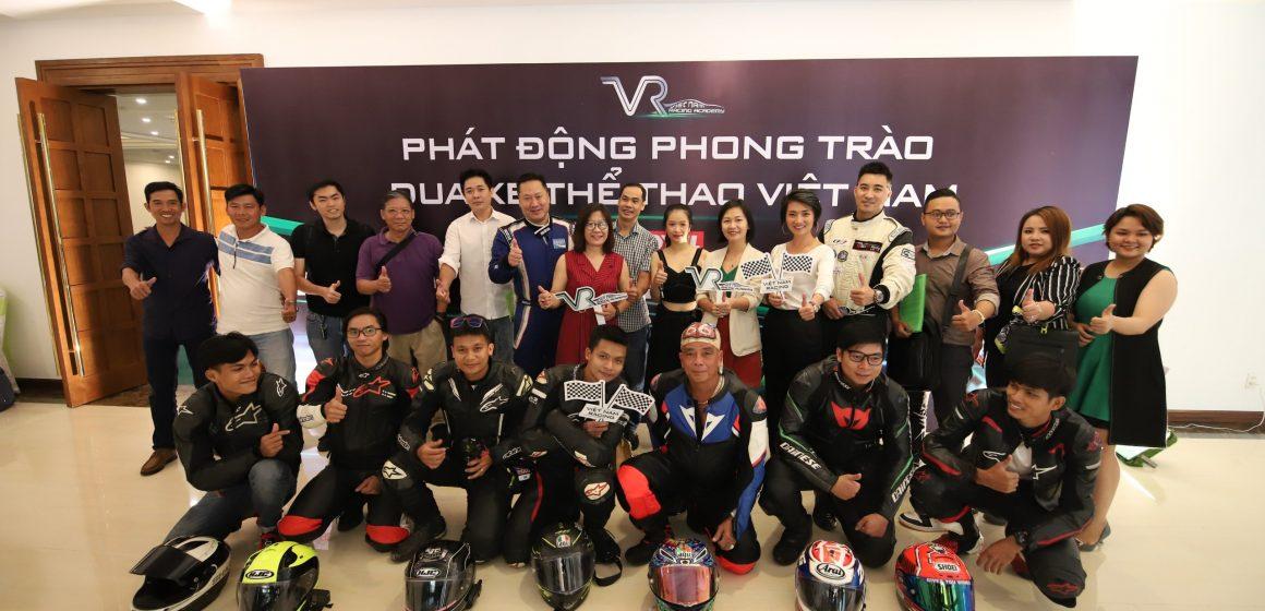 """""""Khám phá giới hạn"""" cùng Học viện đua xe thể thao Việt Nam"""