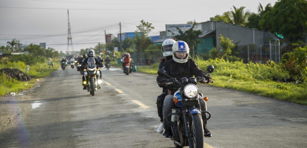 Triumph Charity Ride – Hành trình thiện nguyện đầy ý nghĩa về miền cực Nam Tổ quốc