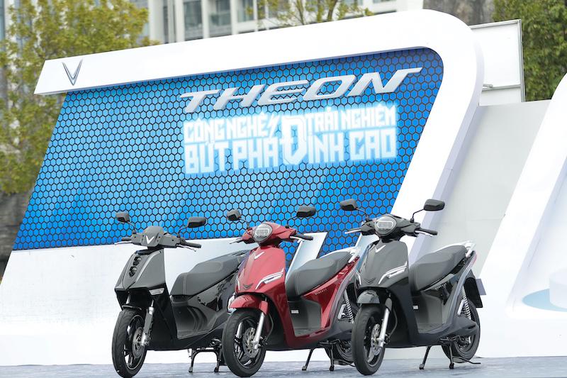 Hé lộ hai siêu phẩm xe máy điện sắp ra mắt của VinFast