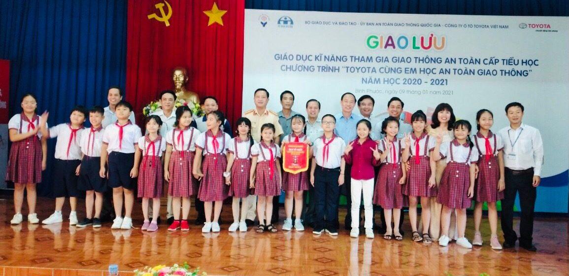 Toyota Cùng Em Học An Toàn Giao Thông 2021 khởi động tại Bình Phước