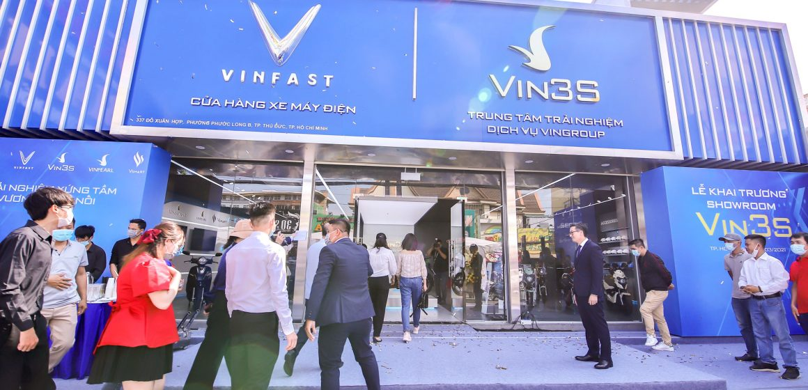 Khai trương 64 showroom xe máy điện Vinfast trên toàn quốc