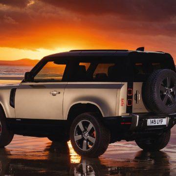 Land Rover Defender chiến thắng giải Mẫu xe phụ nữ yêu thích nhất thế giới