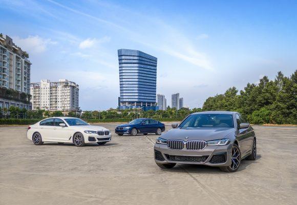 Ra mắt BMW 5 Series mới, giá từ 2,499 tỷ đồng