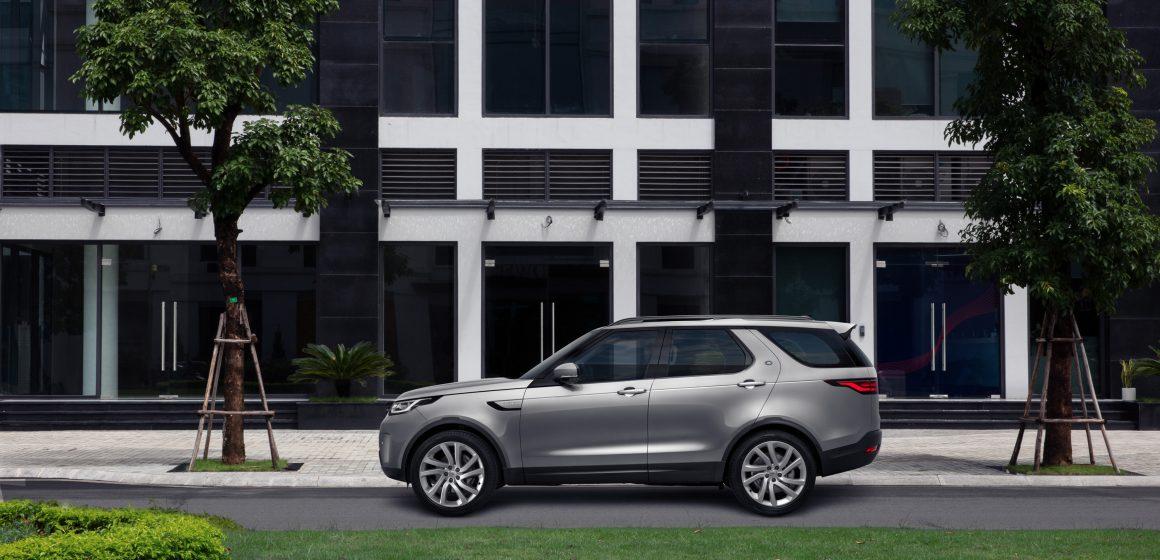Giới thiệu Land Rover Discovery mới, giá xe từ 4,593 tỷ đồng